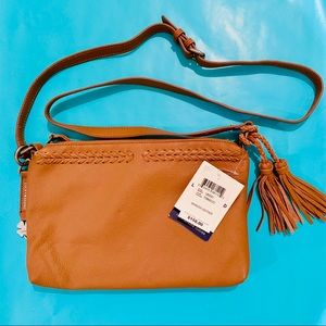 New Lucky Brand leather purse